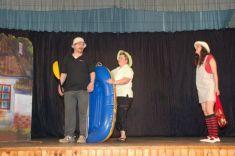 Divadelní představení Dědeček, aneb musíme tam všichni